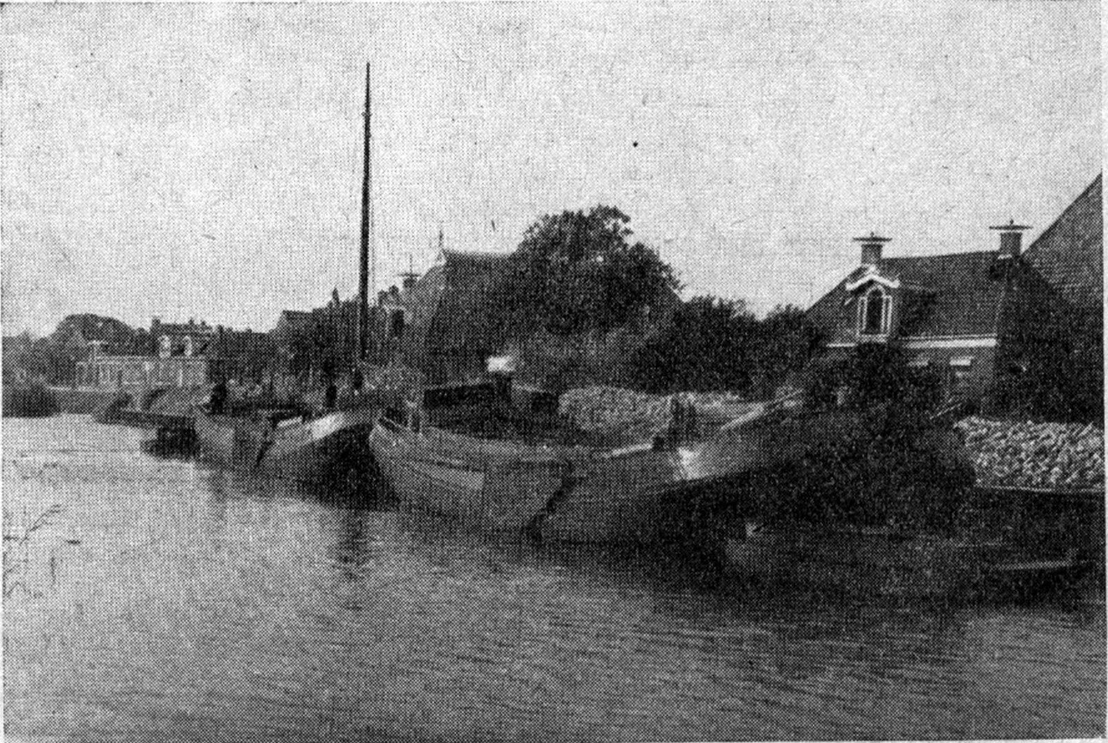 Bietenladen in het schip in Oostebierum