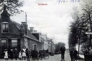 Foto 1 van friesfotoarchief.nl  Datering 1914-1915 volgens vermelding op de foto.